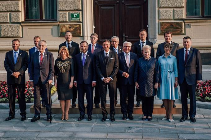 President Pahor hosts a formal dinner of the Three Seas Initiative Summit in Slovenia