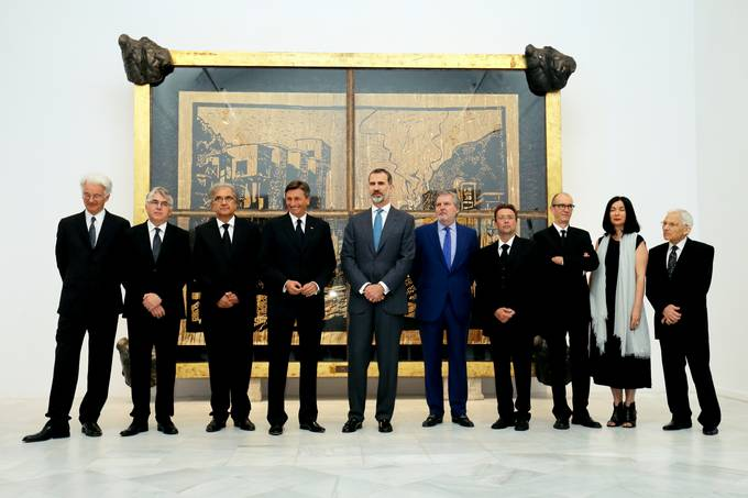 "President Pahor and King of Spain Felipe VI open the exhibition ""Neue Slowenische Kunst: From Kapital to Capital"""