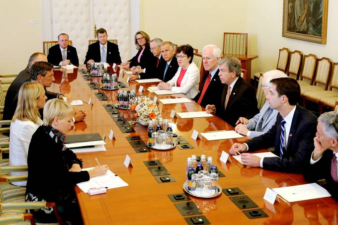 President Pahor receives senators of the United States of America