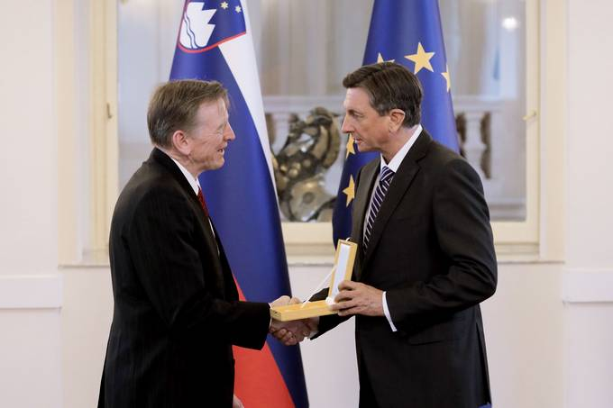 President Pahor confers state decoration on Congressman Paul Gosar