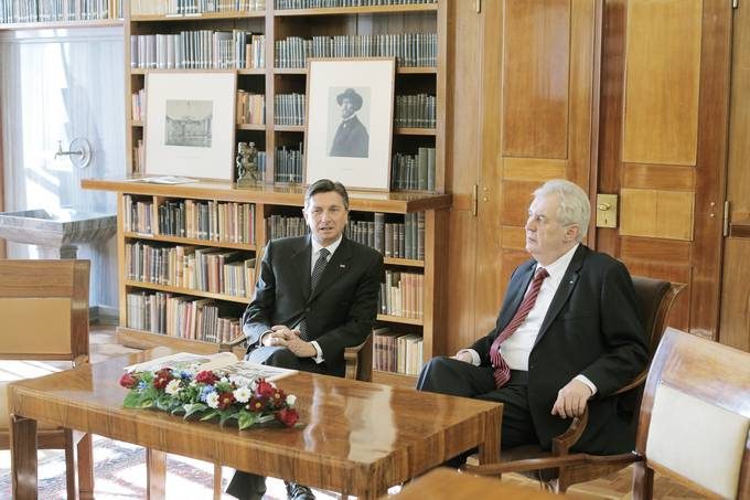 Migrations Main Topic of Talks as President Pahor Visits Czech President Zeman